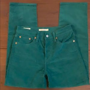 Levi's wedgie straight green cords - ankle length